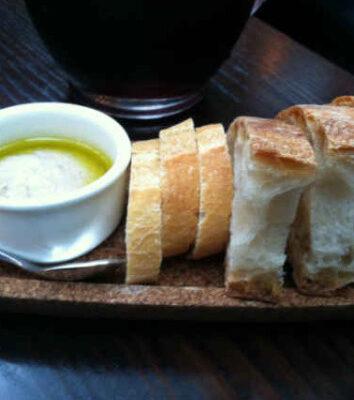 Brød med aioli