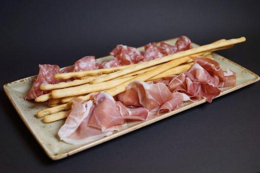 Italiensk salami og parmaskinke